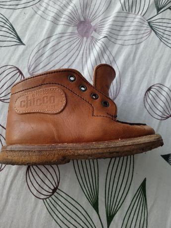 Ботиночки кожаные Chicco