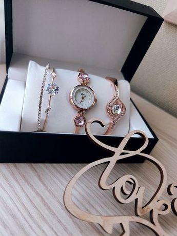 Подарочный набор часы с двумя браслетами DISU gold розовый цветок