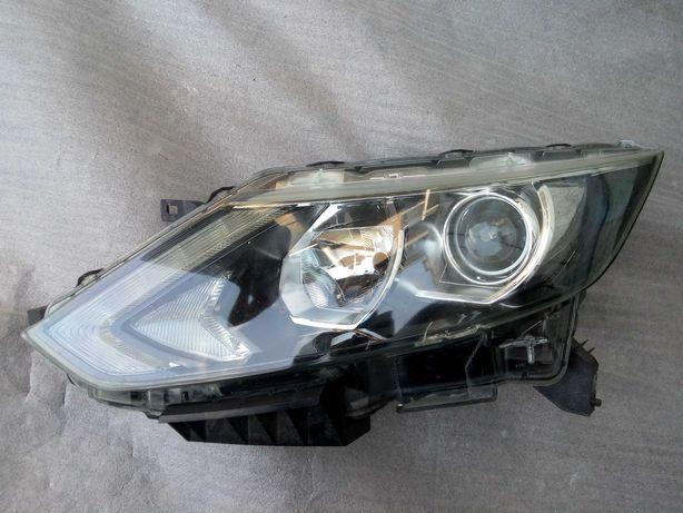 Nissan Qashqai J11 Reflektor, lampa lewy przód
