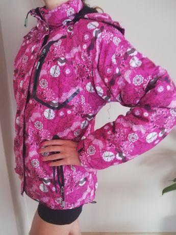 Puchowa różowa kurtka w kwiaty