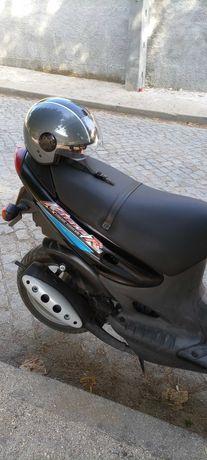 Scooter Suzuki Katana