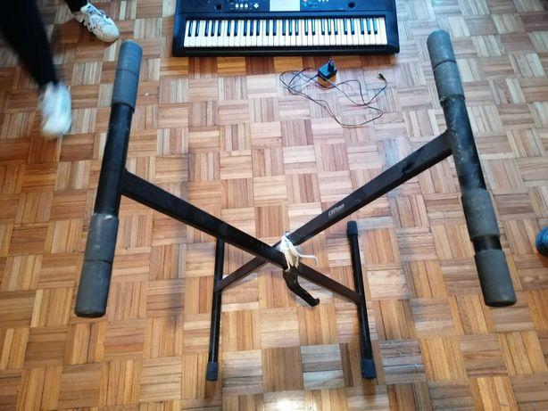 Piano Yamaha - YPT220