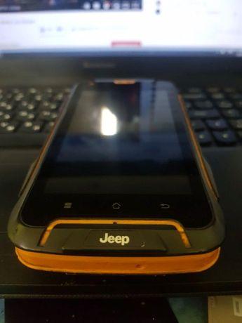 противоударный телефон Jeep f605