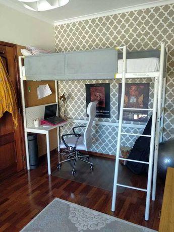 Cama Alta VITVAL - Ikea com secretária