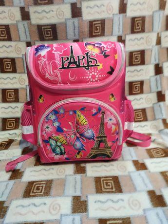 Продам школьный рюкзак.