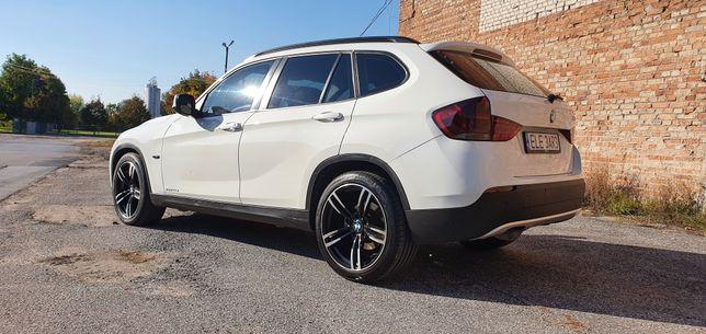Auto do ślubu SUV BMW X1 *SUV* *LED* *Brązowa Skóra*