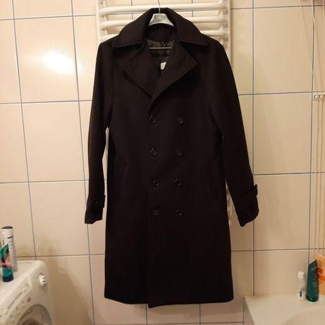 Męski płaszcz czarny w rozmiarze XXXL