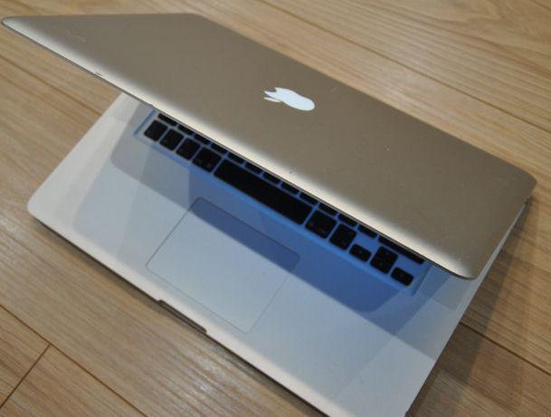 MacBook Pro 15'' i7/2.0GHz/240SSD/8GB/bat.5h 100%spr