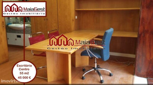 Escritório   Centro   50 m2   MaiaGest