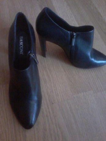 Продам ботиночки BASCONI