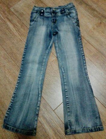 Spodnie jeansy dla dziewczynki rozm. 134