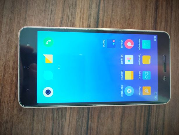 Xiaomi Redmi 4a  2/16- в чудовому стані