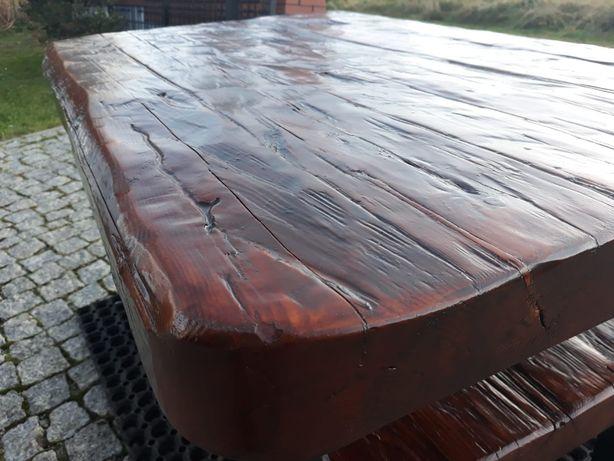 Stół drewniany ciosany ręczna robota