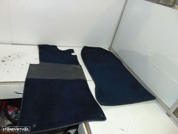 mercedes w124 tapetes da frente azuis