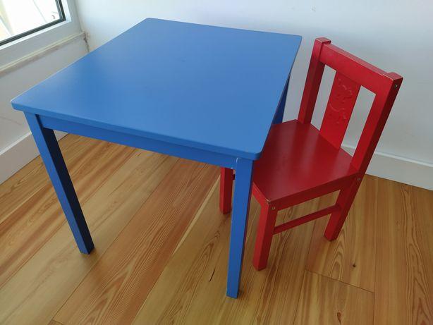 Cadeira e mesa criança IKEA