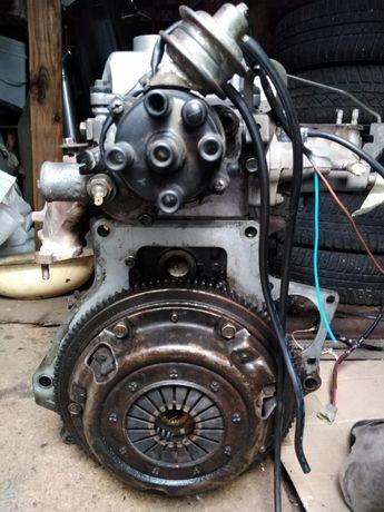Двигун Mazda 323