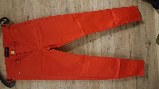 czerwone woskowane spodnie roz. 34 River Island