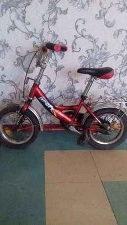 Велосипед детский, колеса 12 дюймов