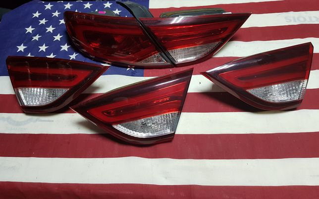 Ліхтарі внутрішній правий лівий зовнішній Chrysler 200 Фонарі Крайслер