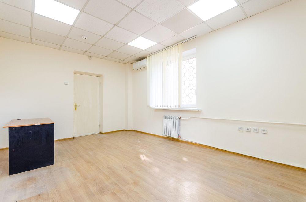 Целый этаж офисов с мебелью в Центре Киева Киев - изображение 1