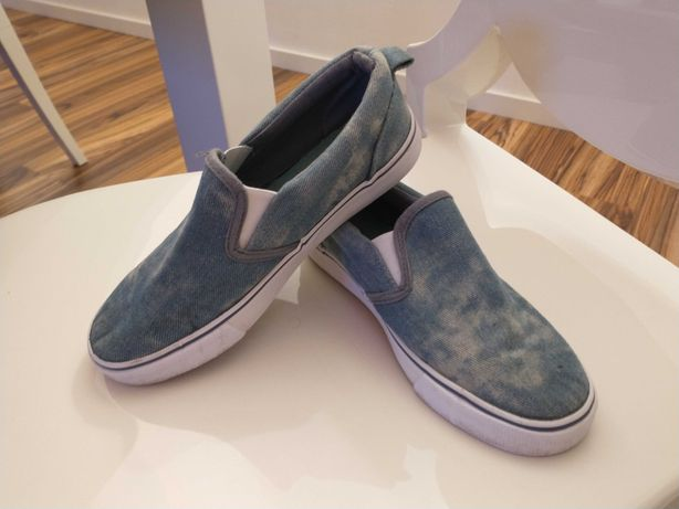 Buty chłopięce slip on trampki jeansowe super stan r. 34