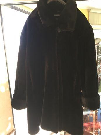 Casaco Preto acabamento de luxo