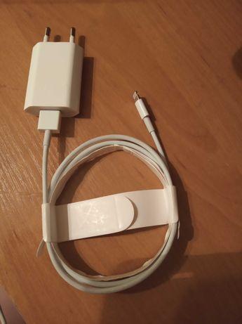 Кабель, шнур, зарядка на iPhone