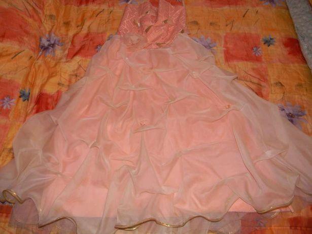 Бальне плаття для дівчинки