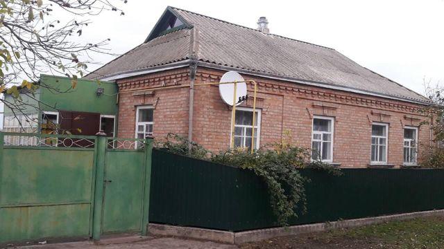 Продам будинок в м. Новомиргород.
