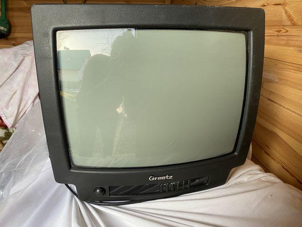 """Telewizor kineskopowy Graetz 14"""". Idealny na działkę."""