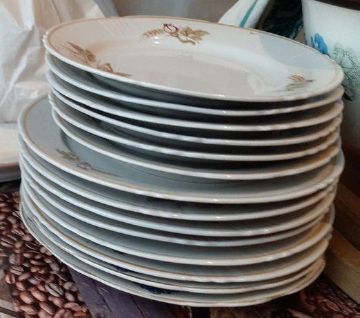 Продаю набор тарелок