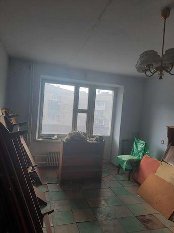 2 х кімнатна квартира Мікрорайон Жовтневий