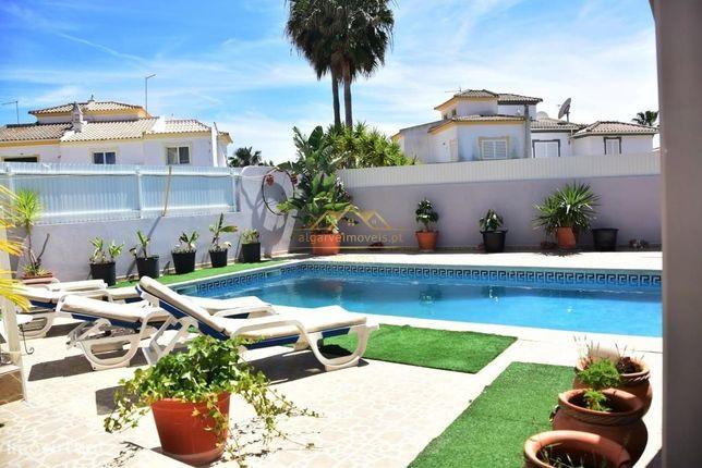 Moradia V3+1 a 5min da praia dos Salgados com piscina privada