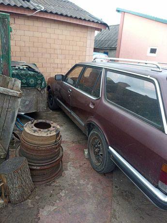 Автомобіль ford Granada