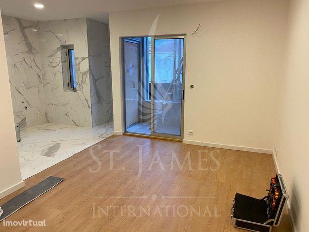 Apartamento T2 a 500 m2 da Praia de Matosinhos Sul.