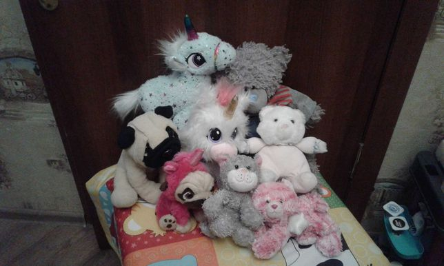 Лот мягких игрушек; пони, собака, мишка, хомячок, кот