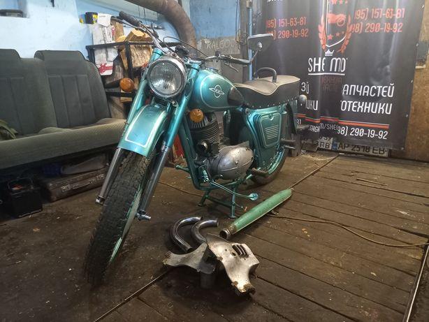Мотоцикл ИЖ Планета 1 по запчастям