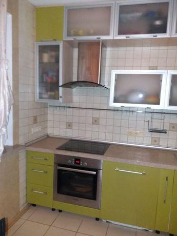 Продам 4 к.квартиру метро Студенческая 522 м-р АК.Павлова 305