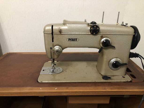 Maquina costura Pfaff manual e electrica