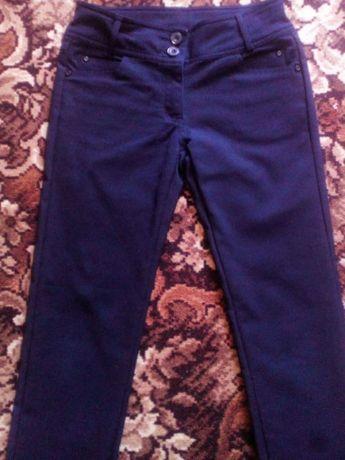 Штаны ,брюки школьные 146 р.для девочки