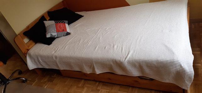 Łóżko sosnowe z materacem 120x200