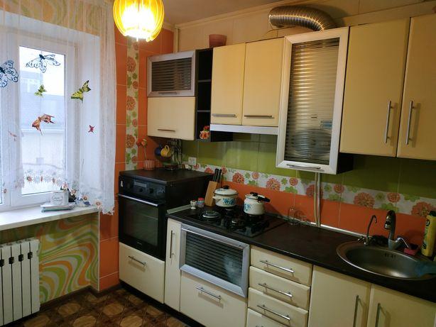 Продам двокімнатну квартиру(власник)