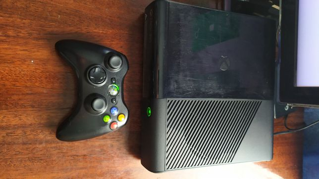 Xbox 360 e online не прошита. Обмен на PS 3.