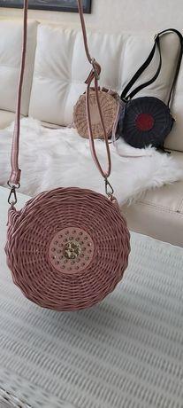 Трендовая плетеная сумка