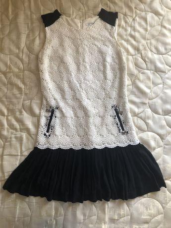 Платье нарядное 46 размер