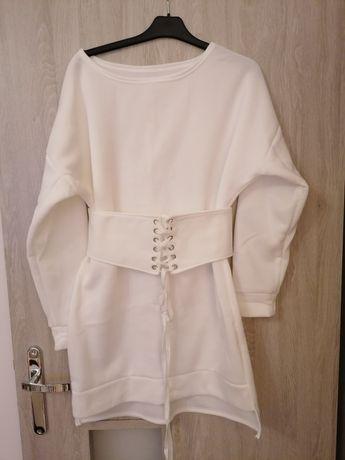 Sukienka biała nowa bez metki
