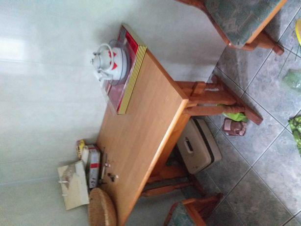 Narożnik do kuchni plus stół
