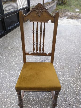 Cadeira de sala em bom estado