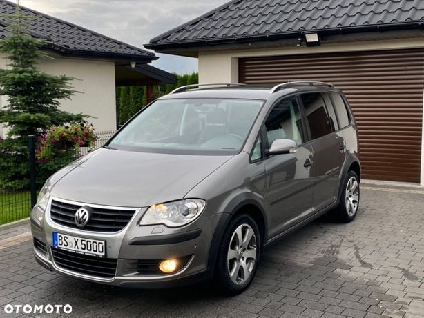 Volkswagen Touran xenon,Navi,webasto,Pdc