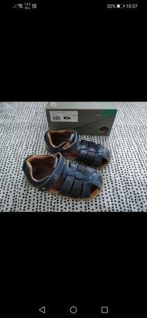 Bobux sandały r. 25 skóra naturalna, gwarancja